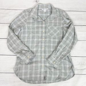 Old Navy Plaid Classic Button Up Shirt